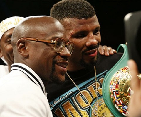Mayweather hints at return; Pacquiao to follow?