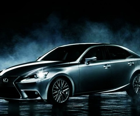 Lexus more attractive than ever before through its 2016 IS range